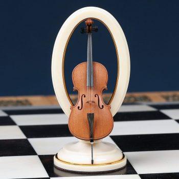 подарочные шахматы Оркестр фигура в виде виолончели